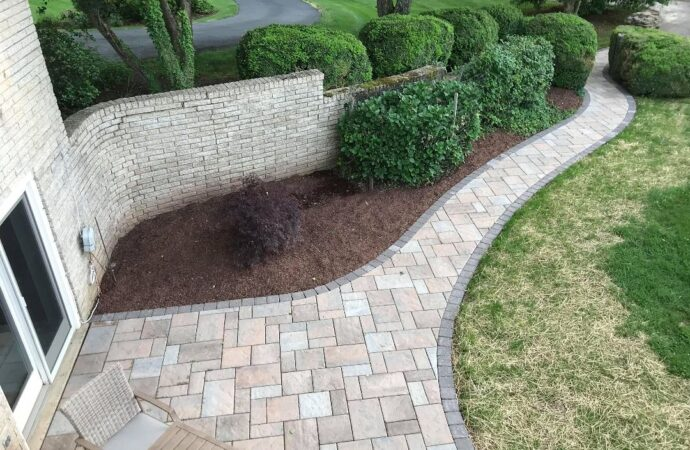 Stonescapes-Garland TX Professional Landscapers & Outdoor Living Designs-We offer Landscape Design, Outdoor Patios & Pergolas, Outdoor Living Spaces, Stonescapes, Residential & Commercial Landscaping, Irrigation Installation & Repairs, Drainage Systems, Landscape Lighting, Outdoor Living Spaces, Tree Service, Lawn Service, and more.